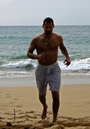 Beach run, Maui
